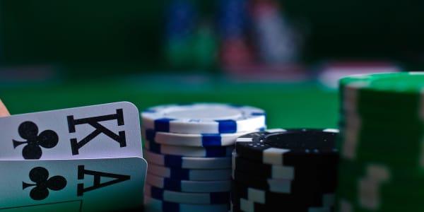 Aloitusopas Texas Hold'em -pokeriin